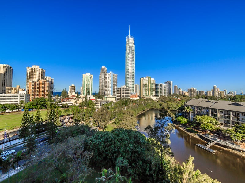 909/70 Remembrance Drive, Surfers Paradise, Qld 4217