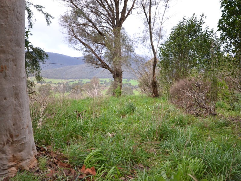 5062 Kiewa Valley Highway, Running Creek, Vic 3691