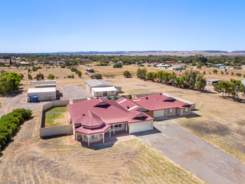 8 Avalon Court, Woorree, WA 6530