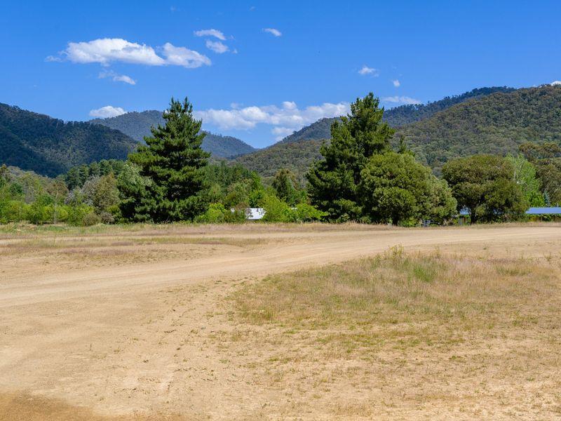 15 Feathertop Track, Harrietville, Vic 3741