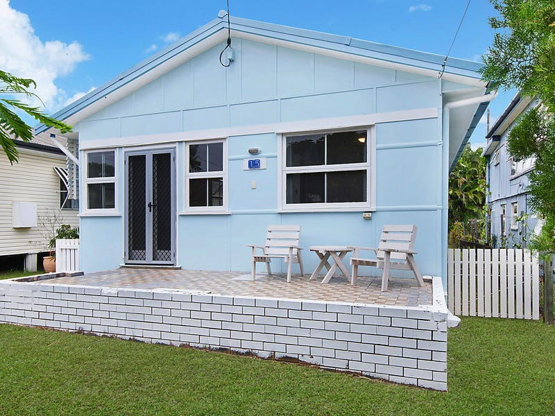 15 Westbrook St, Woody Point, Qld 4019