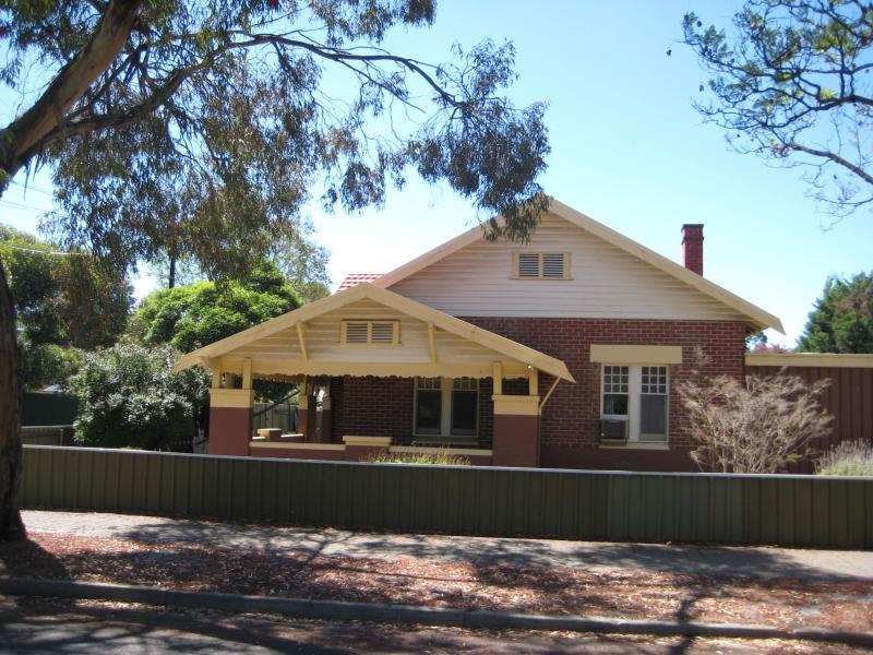 8 Chelmsford Avenue, Millswood, SA 5034
