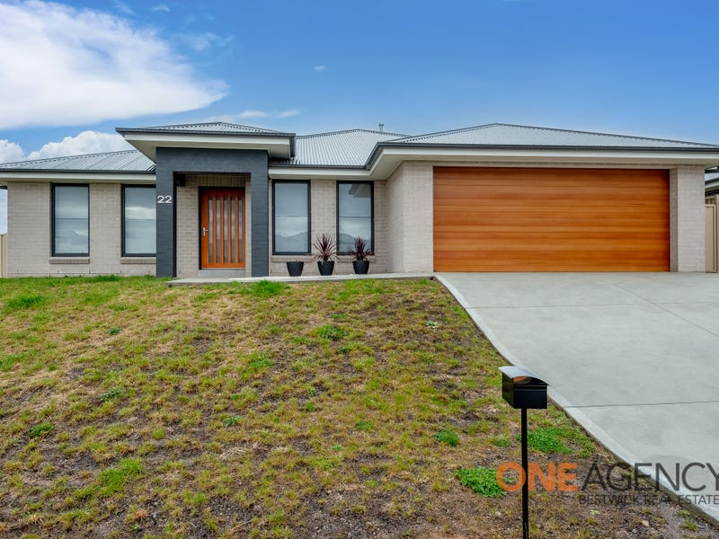 22 Cain Drive, Kelso, NSW 2795