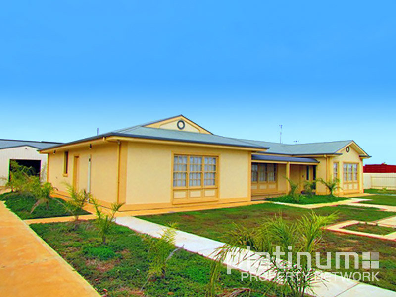 56 Depot Road, Morgan, SA 5320
