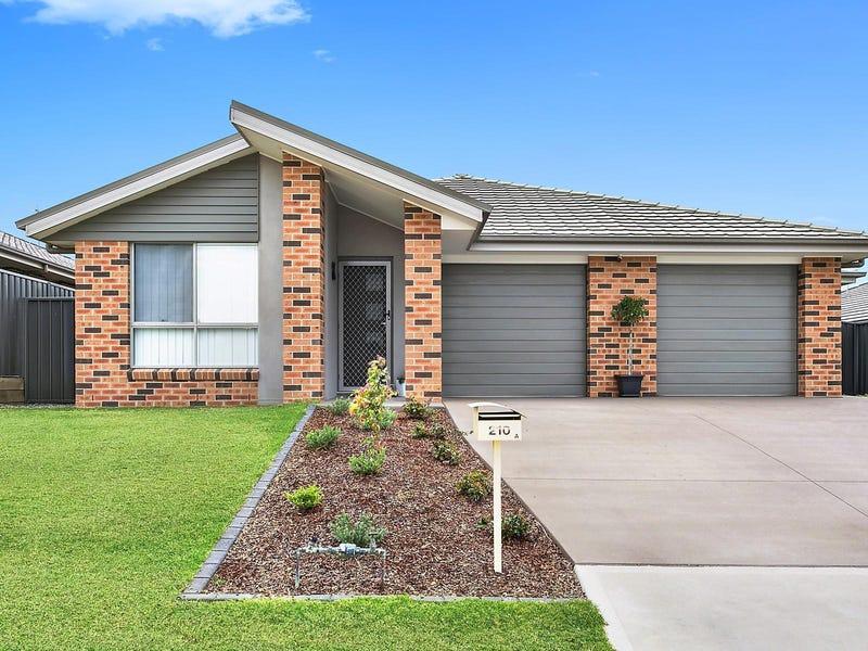 210 Johns Road, Wadalba, NSW 2259