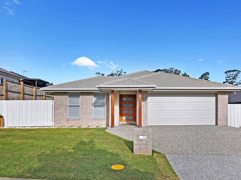 24 Yarralumla Parade, Port Macquarie, NSW 2444