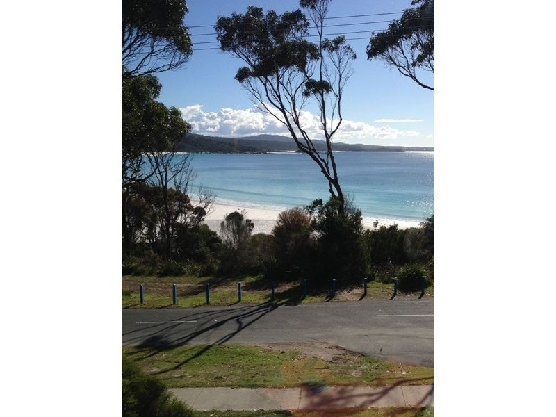 Main Road, Binalong Bay, Tas 7216
