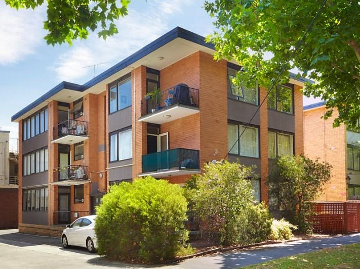 3/3 Ravens Grove, St Kilda East, Vic 3183