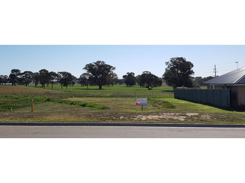 Lot 1401 Paperbark Drive, Forest Hill, NSW 2651