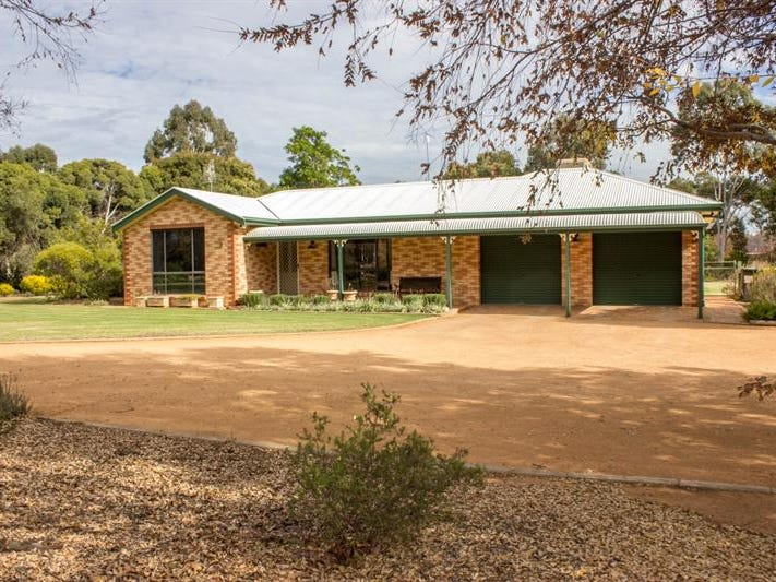 9 Charmere Pl, Dubbo, NSW 2830