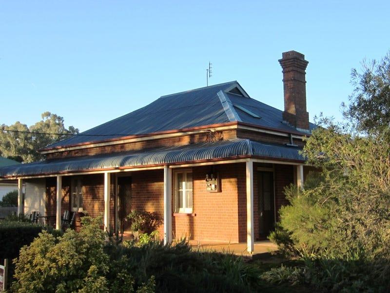 17 Maxwell Street, Ariah Park, NSW 2665