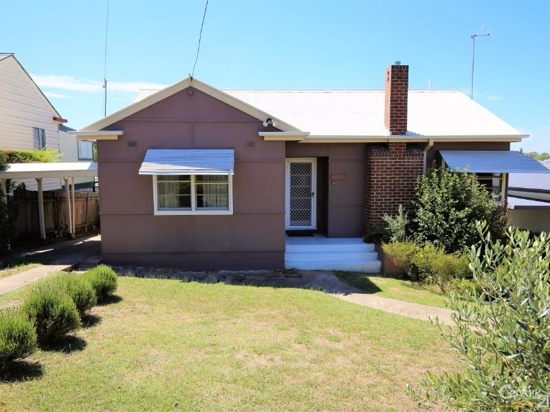 12 Veness Street, West Bathurst, NSW 2795