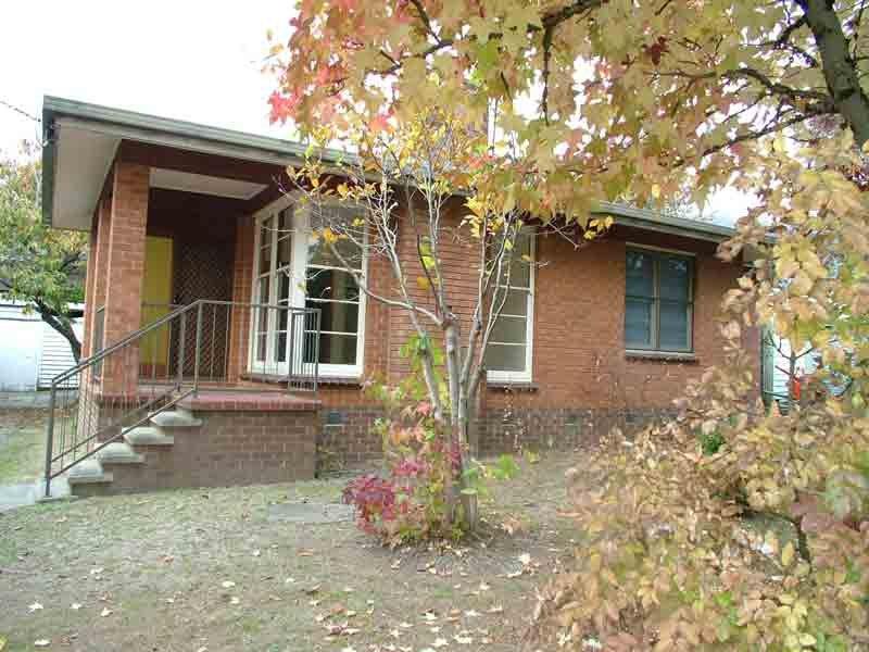 48 Lakeside Ave, Mount Beauty, Vic 3699