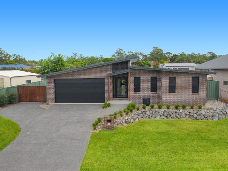 11 Yippenvale Circuit, Wauchope, NSW 2446