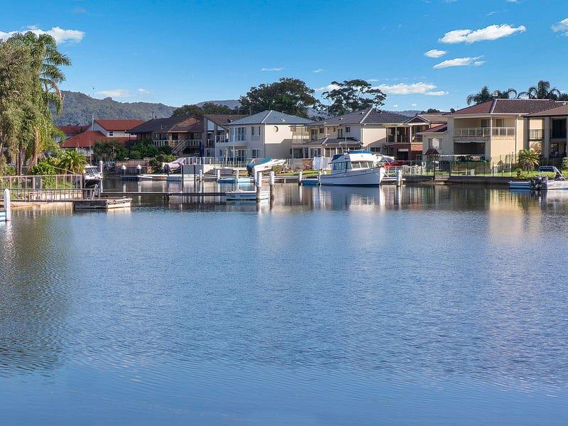 15 Mainsail Ave, St Huberts Island, NSW 2257