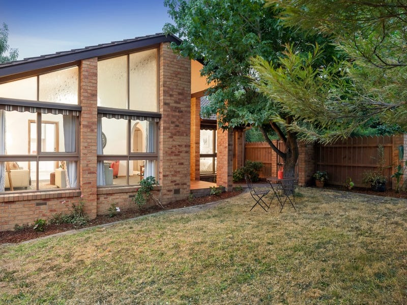 1/18 May Street, Doncaster East, Vic 3109
