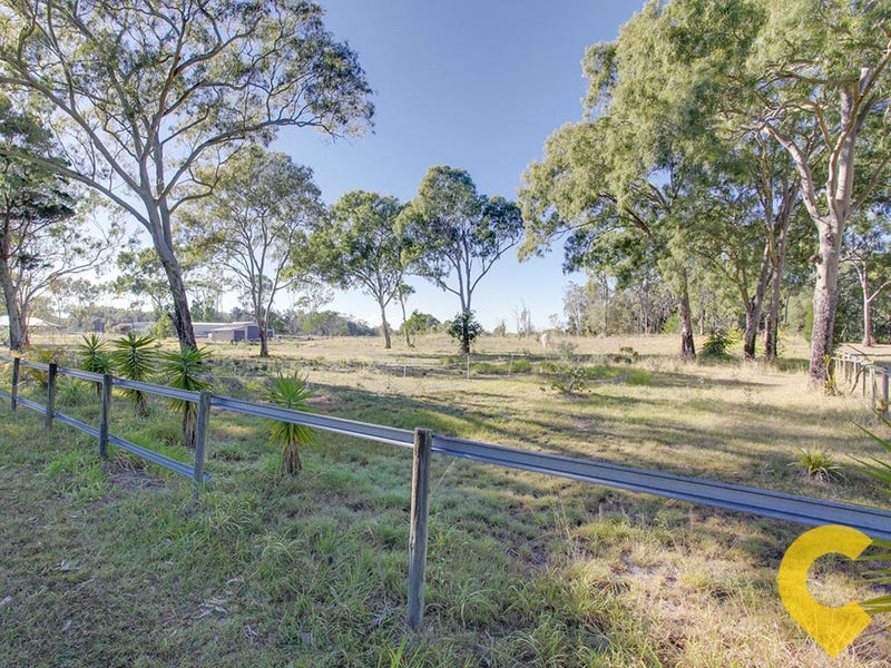 z64-70 Campbell Parade, Beachmere, Qld 4510