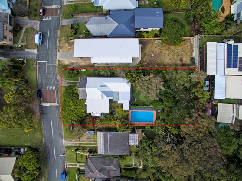 14-16  Upper Gay Terrace, Kings Beach, Qld 4551