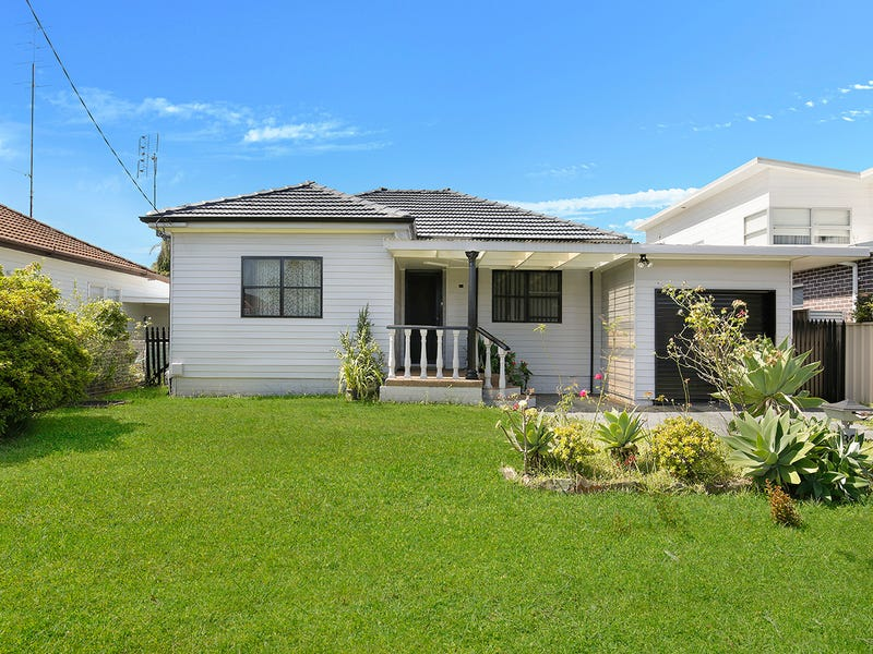 30 Augusta Street, East Corrimal, NSW 2518
