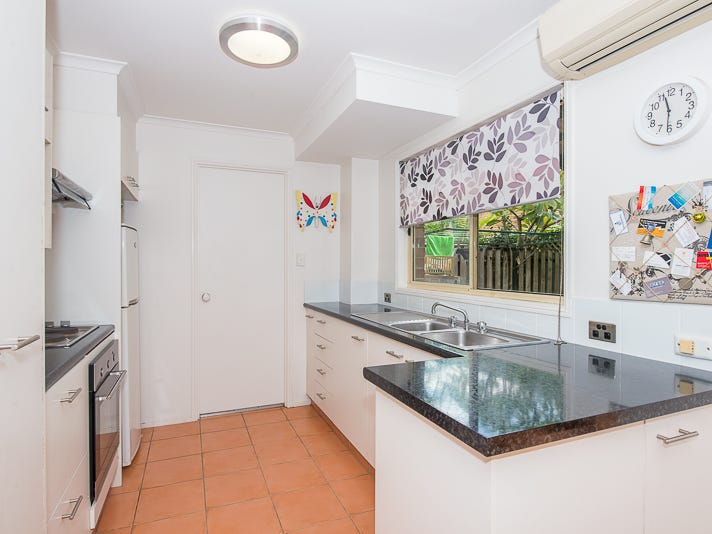 10/18 Bottlewood Court, Burleigh Waters, Qld 4220