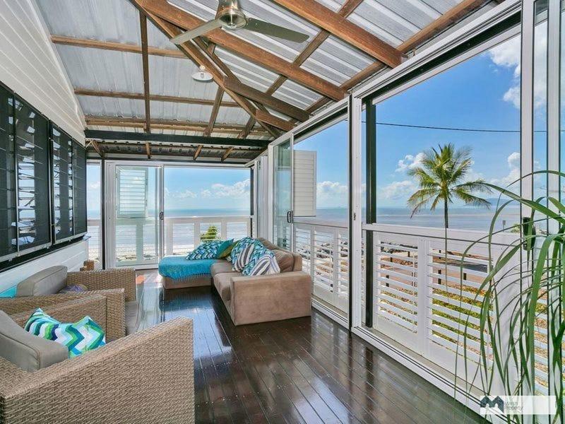 133 O'Shea Esplanade, Machans Beach, Qld 4878