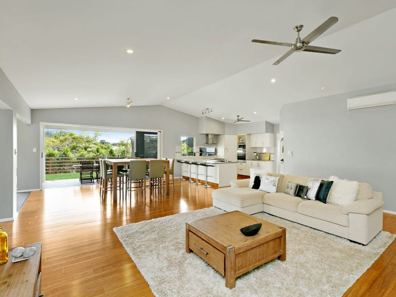 1-3 Lowther Close, Redlynch, Qld 4870