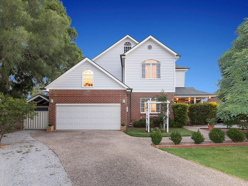 5 Dartmouth Court, Caroline Springs, Vic 3023