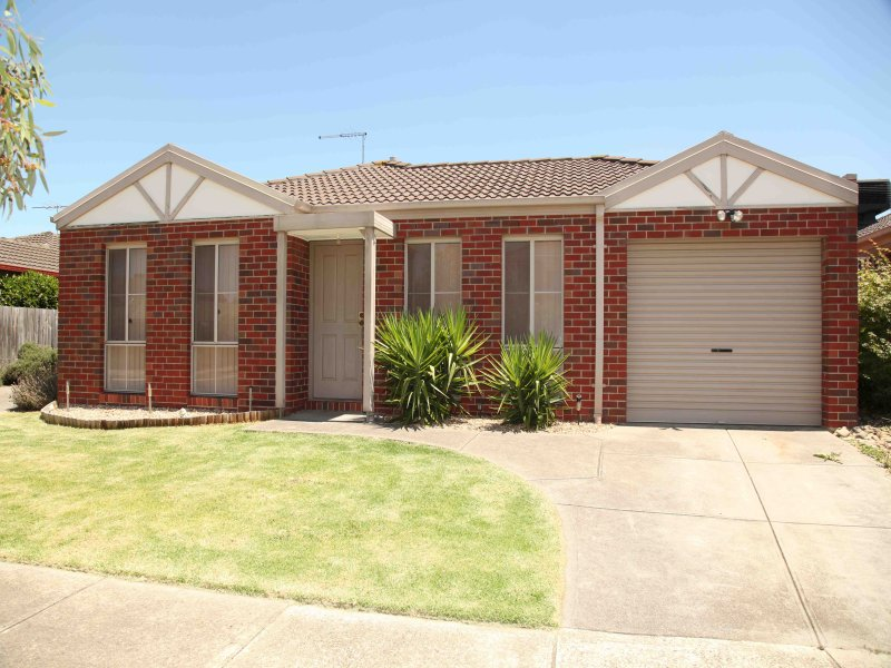 1/15 Bluebell Drive, Epping, Vic 3076