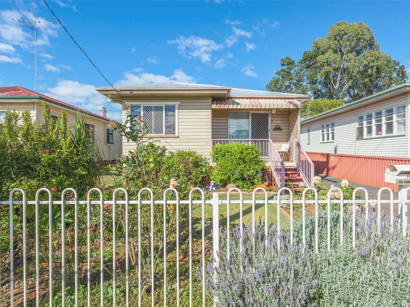 8 Weetwood Street, Newtown, Qld 4350