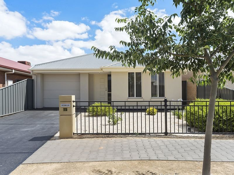 15 St Germain Avenue, Andrews Farm, SA 5114