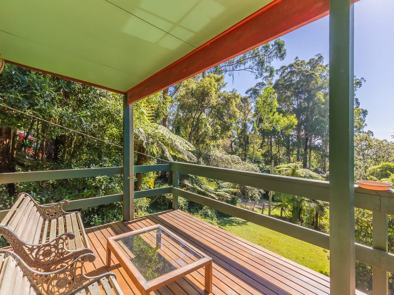 21 Maurice Street, Cockatoo, Vic 3781