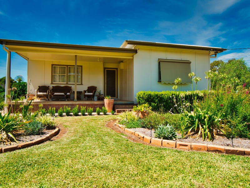 33 PINE STREET, Curlewis, NSW 2381