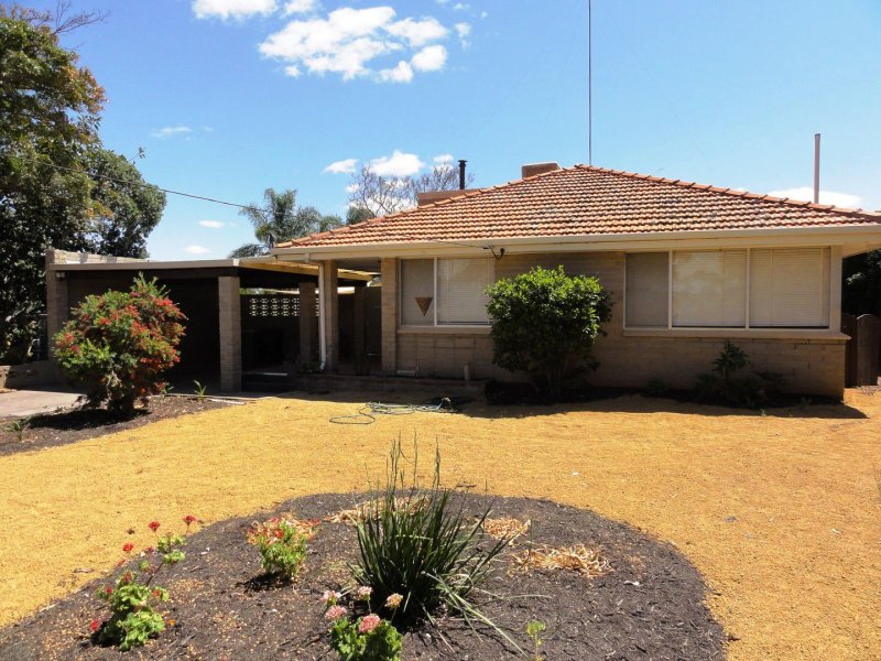 26 Golf Road, Merredin, WA 6415