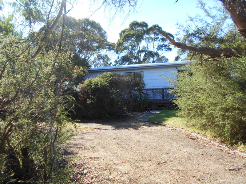 12 Pacific Drive, Binalong Bay, Tas 7216