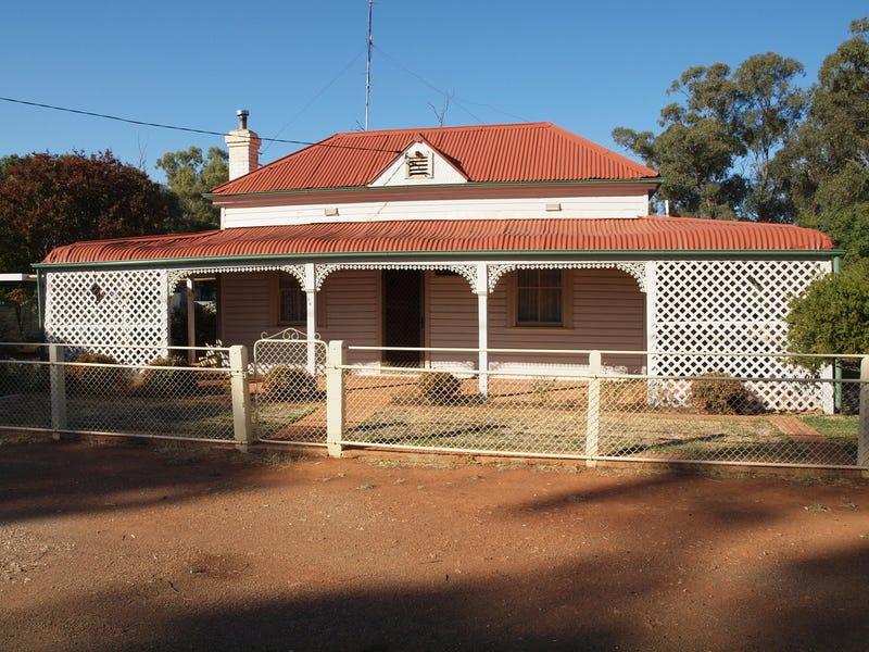 68 Pine Street, Matong, NSW 2652