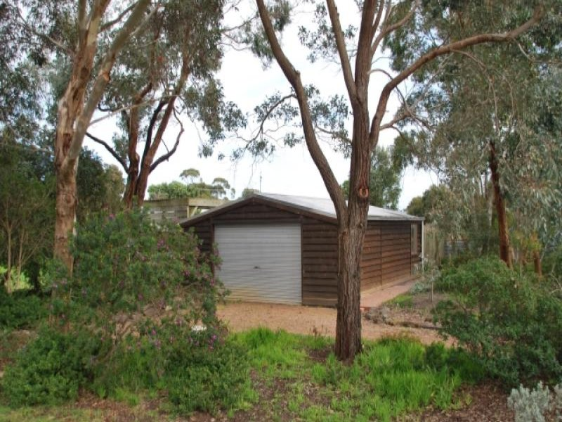 32 Robertson Street, Port Welshpool, Vic 3965