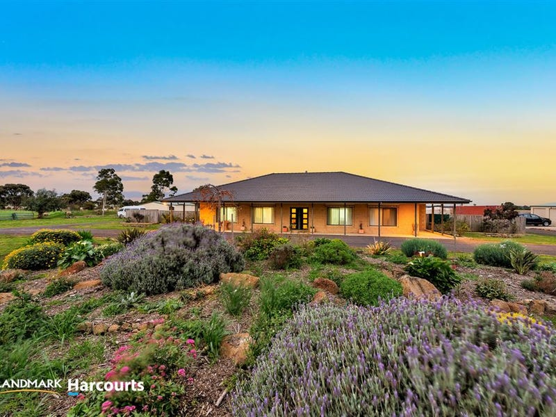 9 Ruby Court, Bannockburn