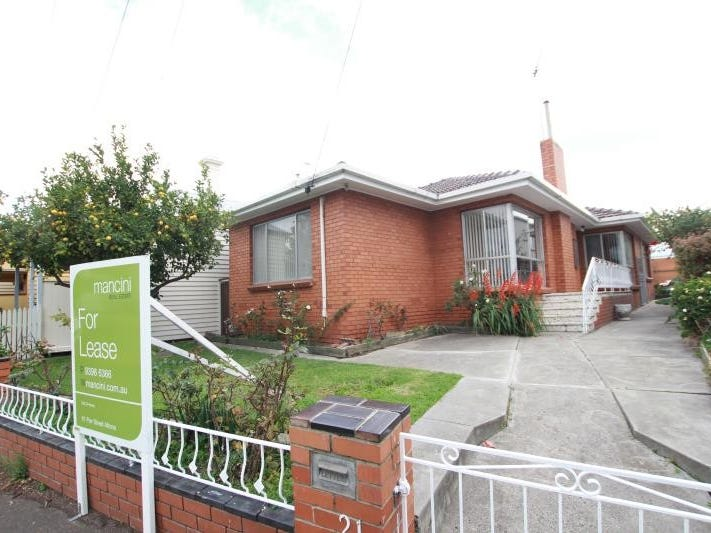 21 Dover Road, Williamstown