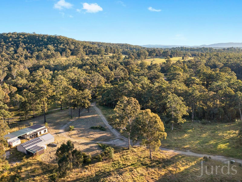 425 Lake Road, Elrington, NSW 2325