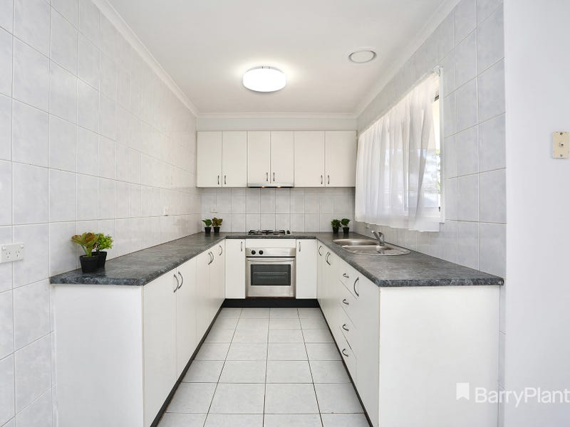 12 Woodburn Crescent, Meadow Heights, Vic 3048