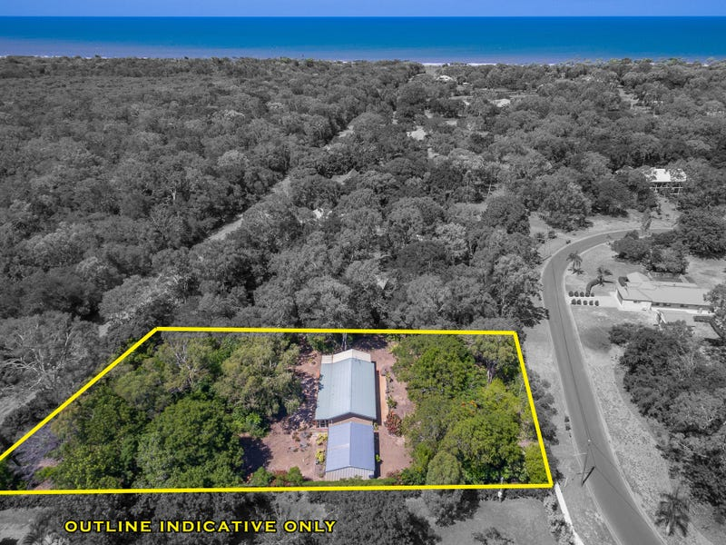 26 Kingfisher Crescent, Moore Park Beach, Qld 4670
