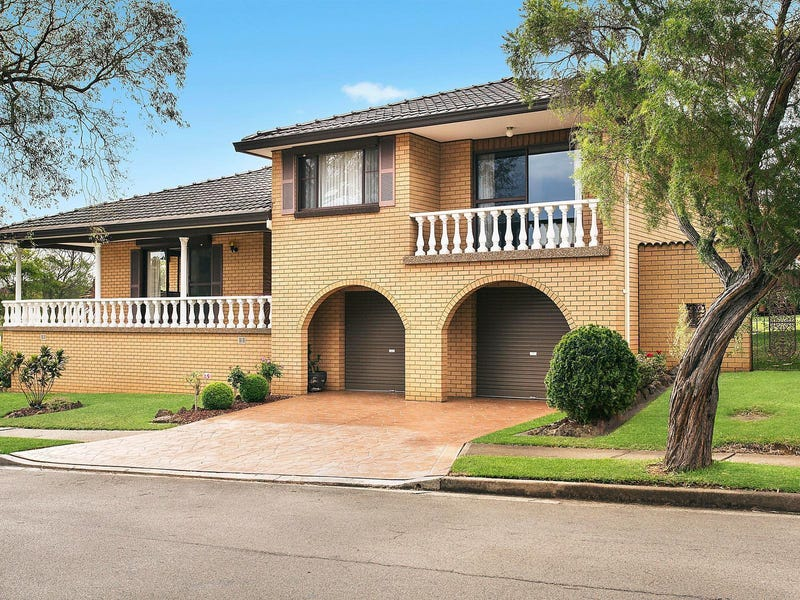7 Walmsley Close, Prairiewood, NSW 2176