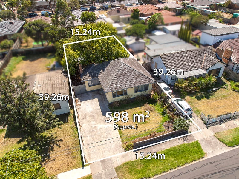 32 Mountain View Avenue, Avondale Heights, Vic 3034