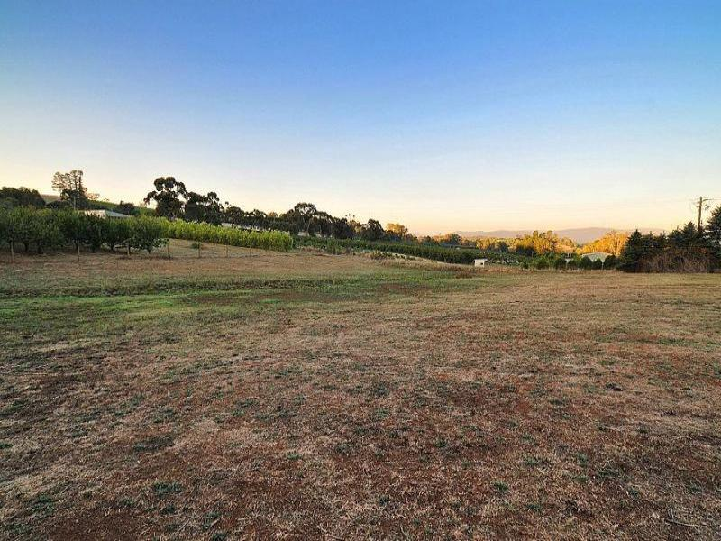 Address available on request, Wandin East, Vic 3139