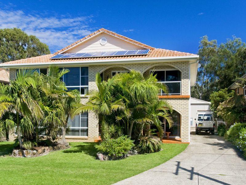 18 Camden Head Road, Dunbogan, NSW 2443