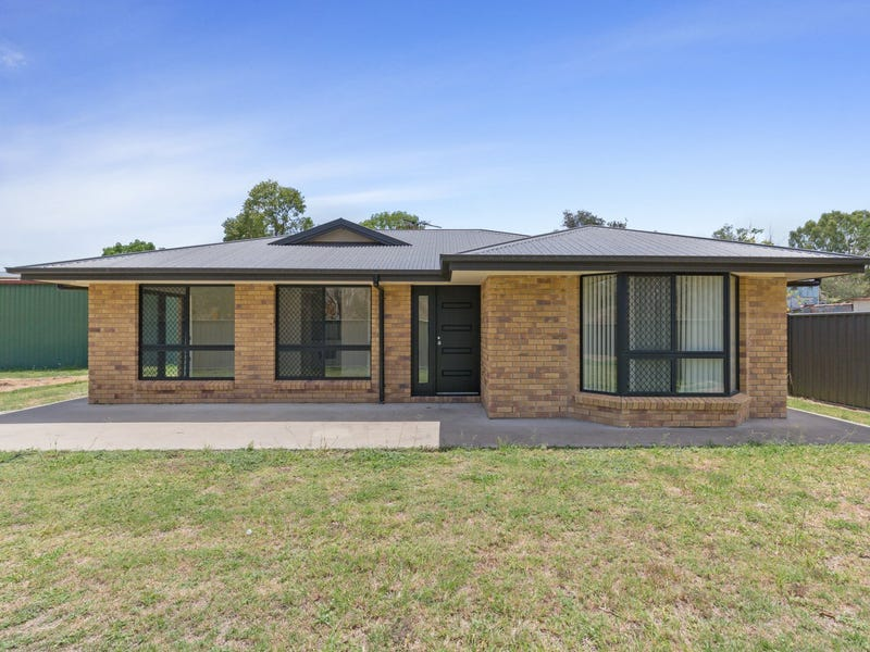 2 Gordon Lane, Mount Morgan, Qld 4714