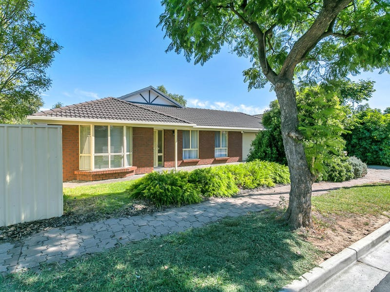 1 Macquarie Avenue, Hillcrest, SA 5086