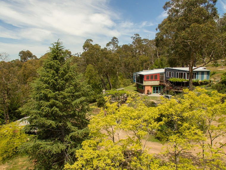 6 Fords Road, Gruyere, Vic 3770
