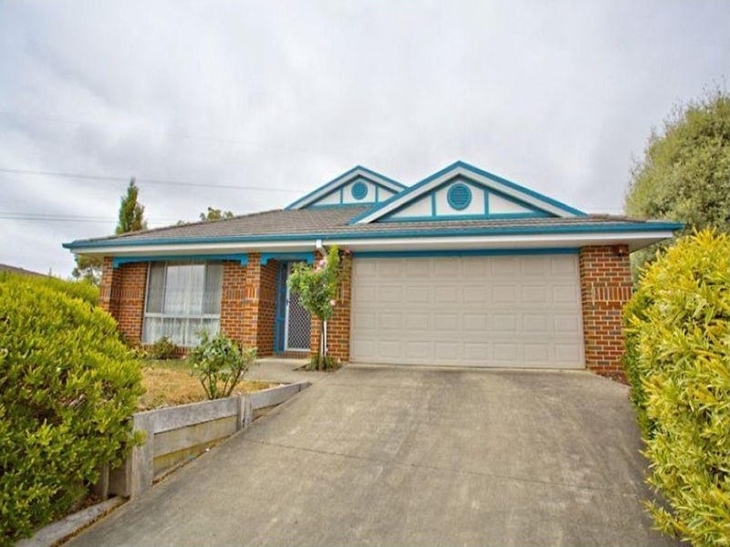 10 Ferndale Court, Mount Helen, Vic 3350