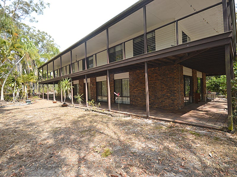 17 Maddever Road, Booral, Qld 4655